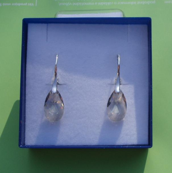 almond Crystal Silver Shade